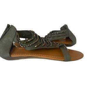 Avon beaded gray sandals sz 8, NIB